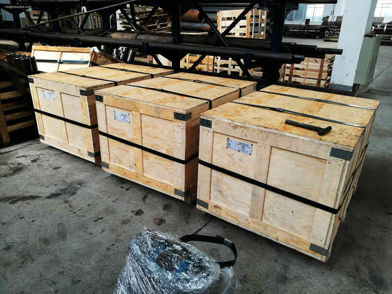 SA192 seamless bending tubes packed in wooden cases